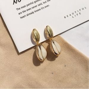 18K Gold Plated Sea Cowrie Shell Drop Earrings